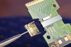 Intel giới thiệu công nghệ truyền dữ liệu PC bằng ánh sáng