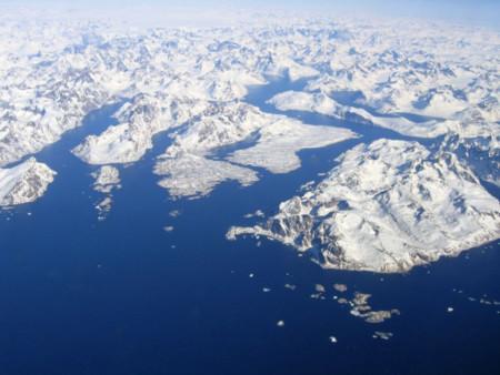 Đảo lớn nhất thế giới bị vỡ