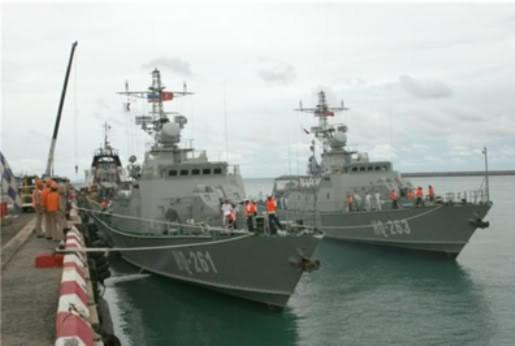 Hợp tác quốc phòng Việt-Mỹ
