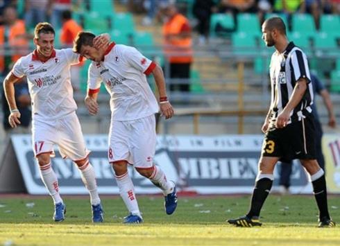 Juventus trắng tay trong ngày ra quân