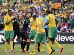 Trọng tài đâm chết một cầu thủ tại Brazil