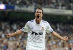 Đại thắng Espanyol, Real chiếm ngôi đầu Liga