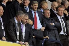 Arsenal: Tiền vào như nước