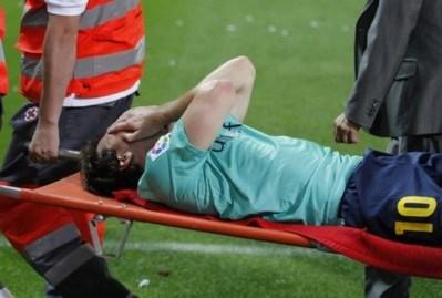 Barca phải trả giá đắt cho trận thắng Atletico