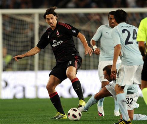 Ibrahimovic ghi bàn, nhưng Milan vẫn không thắng