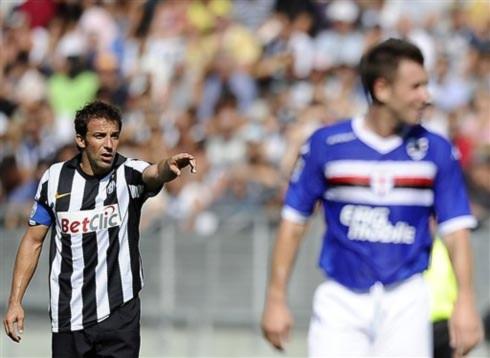 Juventus đánh rơi 2 điểm trong cơn mưa bàn thắng