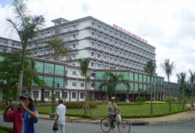 Niêm phong dược phẩm tại nhà thuốc Bệnh viện đa khoa Trung ương - Cần Thơ