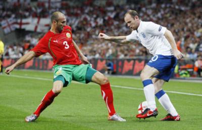 Đội tuyển Anh ra quân tưng bừng: Vết thương chưa khép miệng