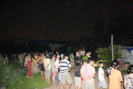 TPHCM: 1 người chết, 17 phòng trọ bị thiêu rụi trong đêm