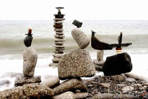 Nghệ thuật xếp đá khó tin