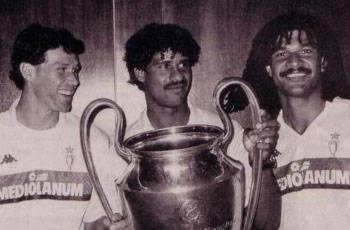 Bộ ba Van Basten, Frank Rijkaard, Ruud Gullit của Milan cuối thập niên 1980.