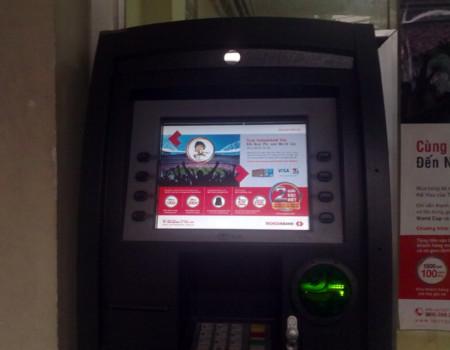 ATM 'nuốt' tiền hàng loạt