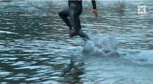 Chạy trên mặt nước - Tin180.com (Ảnh 4)