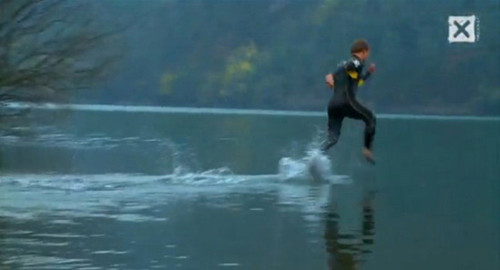 Chạy trên mặt nước - Tin180.com (Ảnh 7)