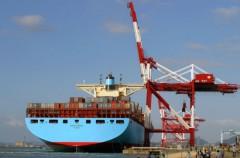 Chỉ tiêu kinh tế 2010: Lo nhập siêu, mừng xuất khẩu