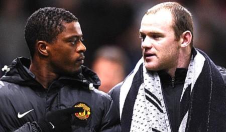Ferguson bế tắc, đồng đội quay lưng với Rooney
