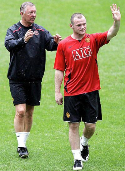 Ferguson vẫn muốn níu kéo Rooney ở lại. Ảnh: AFP.