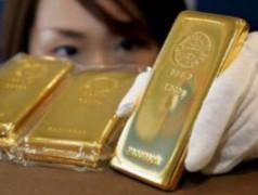 Giá vàng thế giới tiếp tục giảm mạnh