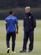 HLV Arsene Wenger không ghen tỵ với Mancini