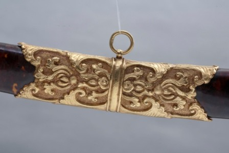Kiếm vàng, trọng lượng 1250 Gr.