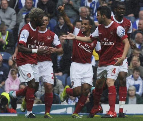 Ngoại hạng Anh: Cuộc đua khó lường (Kỳ 2), Bóng đá, bong da, ngoai hang anh, MU, Arsenal, Chelsea, Quy do