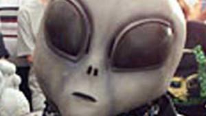 """Những tiết lộ """"giật mình"""" về người ngoài hành tinh"""