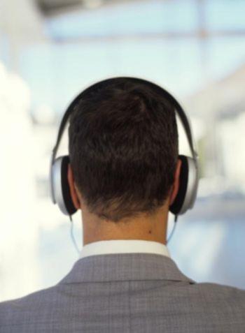 Nơi làm việc ồn ào có thể làm tăng nguy cơ các bệnh tim mạch