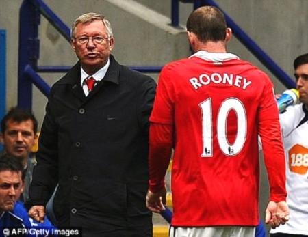 """Rooney: """"Tôi muốn ra đi vì MU quá thiếu tham vọng"""""""