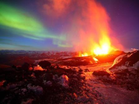 Sự bừng tỉnh của quái vật Etna 2