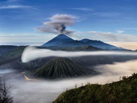 Sự bừng tỉnh của quái vật Etna 1