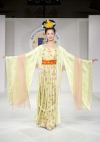 2010-10-17-hanfu-competition-04--ss.jpg
