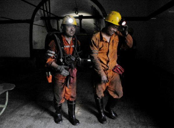 Trung Quốc: Nổ mỏ than, 37 người chết và mất tích
