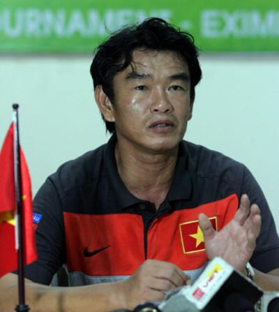 'Việt Nam đã chơi với 5 tiền đạo nhưng không thể ghi bàn'