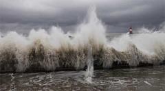 Xem sóng thần dữ dội ở Indonesia