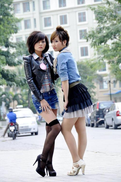 20 teen girl khoe dáng trên phố