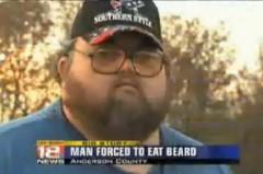 Người đàn ông ăn râu của chính mình