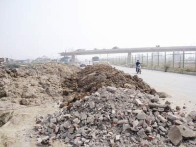 Đại lộ Thăng Long: Bãi phế thải khổng lồ