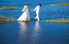 Cảnh đẹp như mơ trong ảnh cưới