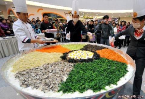 Cơm trộn vĩ đại tại Trung Quốc