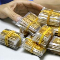 Giá vàng hạ nhẹ xuống 35,57 triệu đồng/lượng