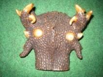 Giải mã đầu vật lạ 10 sừng