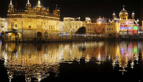 Lung linh lễ hội ánh sáng ở Ấn Độ