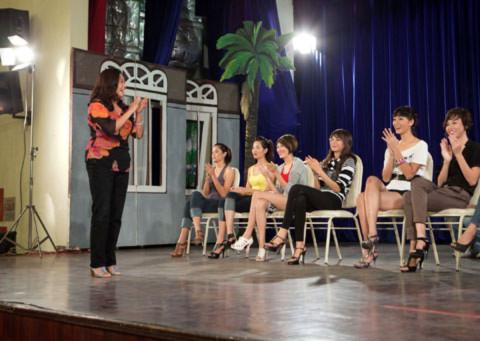 Ngoài Minh Tiệp thì diễn Viên Thanh Loan cũng được mời để hướng dẫn các người mẫu tương lai