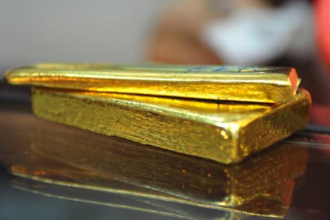 Ngân hàng Nhà nước cho nhập vàng, giá tụt dốc