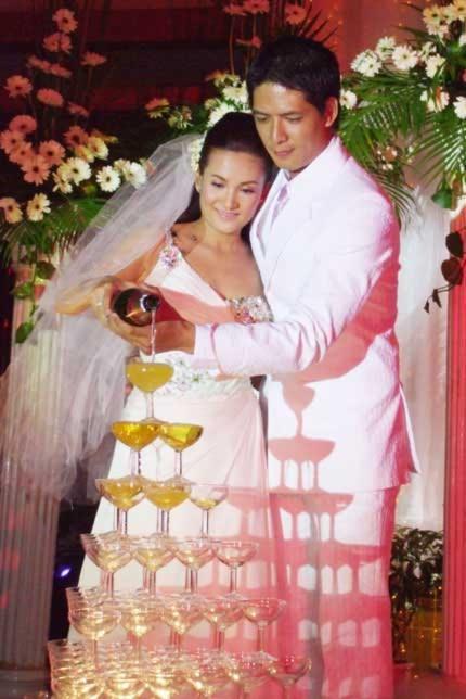 Những đám cưới cực 'đình đám' của siêu mẫu Việt - Tin180.com (Ảnh 5)