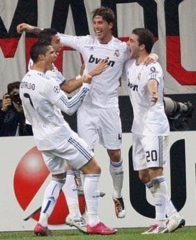 Ronaldo: 'Real cần rút kinh nghiệm từ trận hòa Milan'