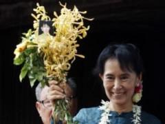 Tại Miến Điện, bà Aung San Suu Kyi tuyên bố tiếp tục đấu tranh vì dân chủ