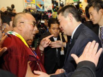 Thủ đoạn của Trung Quốc chống giải Nobel Hòa bình bị phản tác dụng