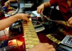 Vàng giảm sâu trước áp lực USD phục hồi