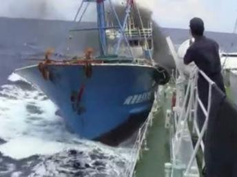 Video vụ va chạm tại biển Hoa Đông lưu hành trên internet : Bắc Kinh lo ngại